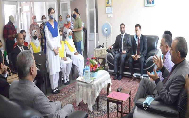 Justice Magrey inaugurates 'Legal Literacy Club' in Presentation Convent HSS Rajbagh