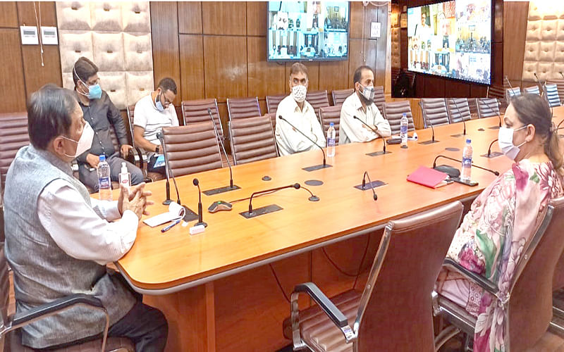 Advisor Bhatnagar reviews preparations of HED for 75th Independence Day celebrations