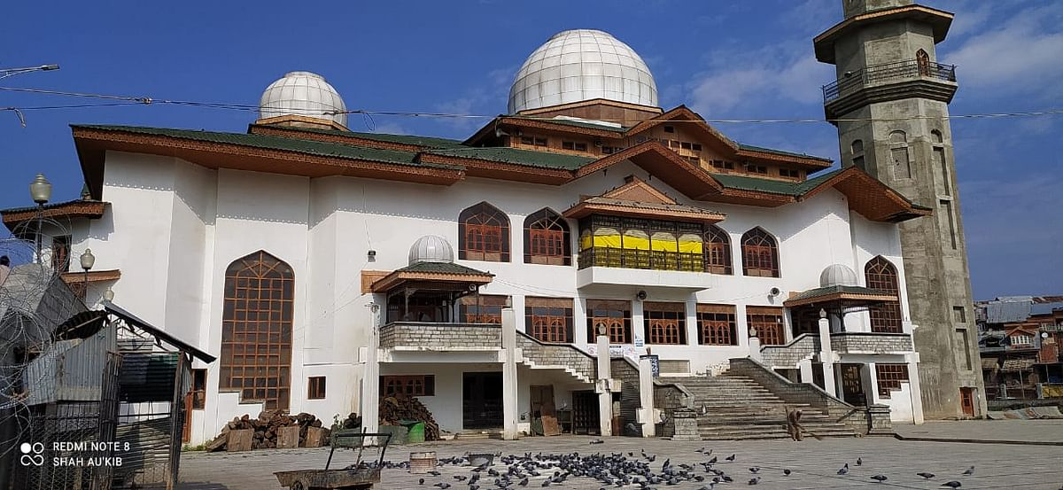 Chrar-e-Sharief Grand Masjid closed after adverse safety audit report