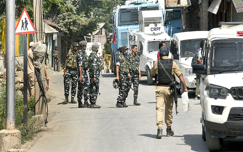 2 militants killed in Khrew encounter