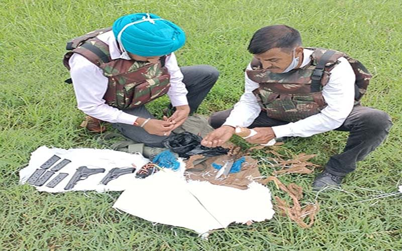 2 pistols, 122 rounds seized from Samba village
