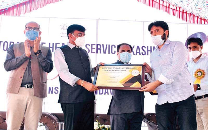 Union Health Minister e-inaugurates 5 ATFs in Kashmir