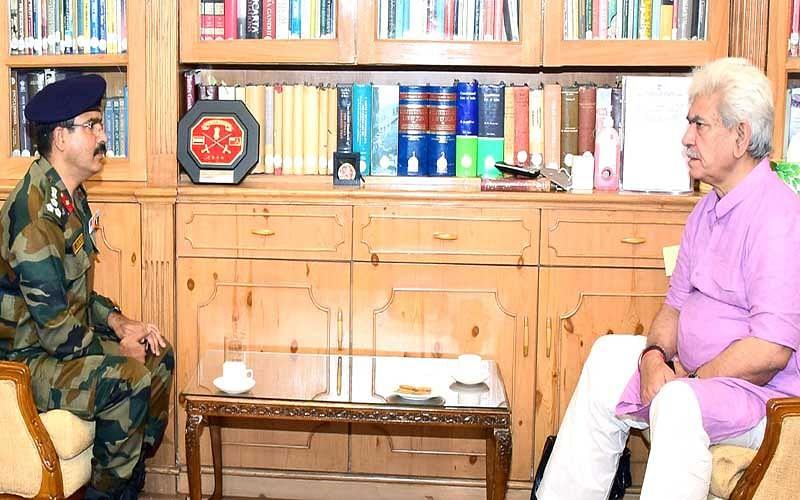Chief Engineer Project BEACON calls on LG Manoj Sinha