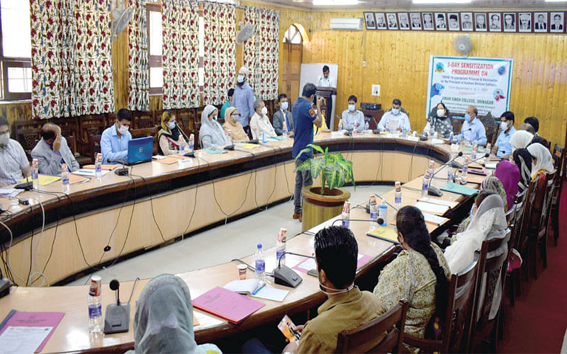 'Adherence to CAB, vaccination of staff, students essential for reopening of colleges'