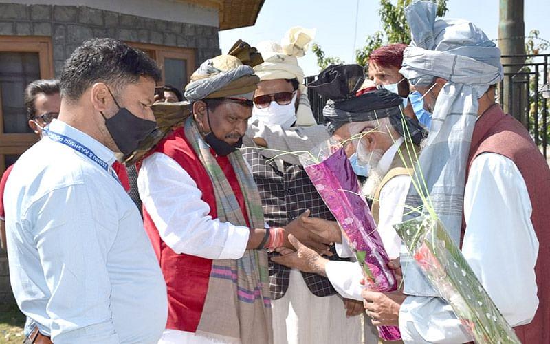 Tribal Affairs Minister promises 1600 model villages for J&K
