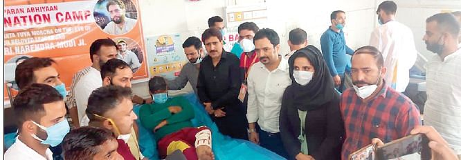 BJP's youth wing organises blood donation camp at SDH Pampore