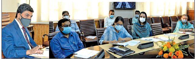 CS reviews progress under employment generating schemes