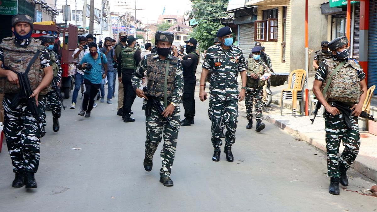 Grenade lobbed on CRPF bunker in south Kashmir's Anantnag, no loss reported