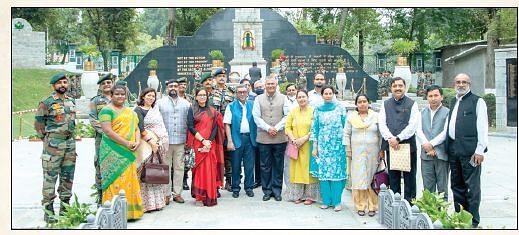 11 committee members visit 15 Corps headquarters