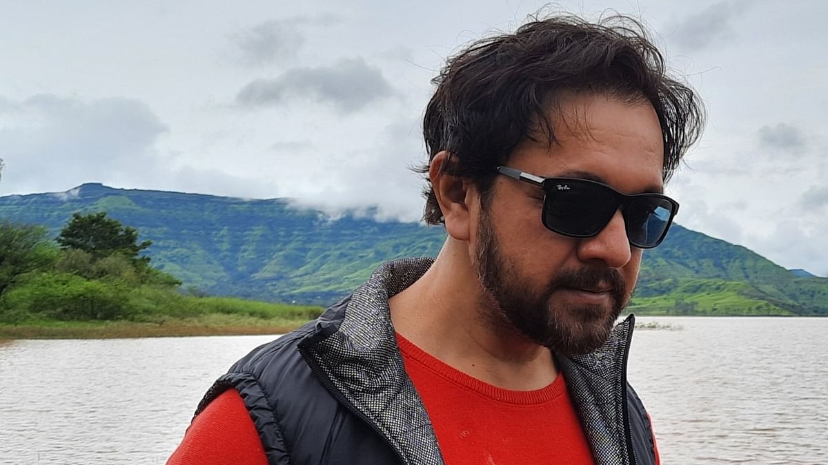 Kashmir is not about bomb blasts, it is about people...beautiful people: Actor Imran Khan