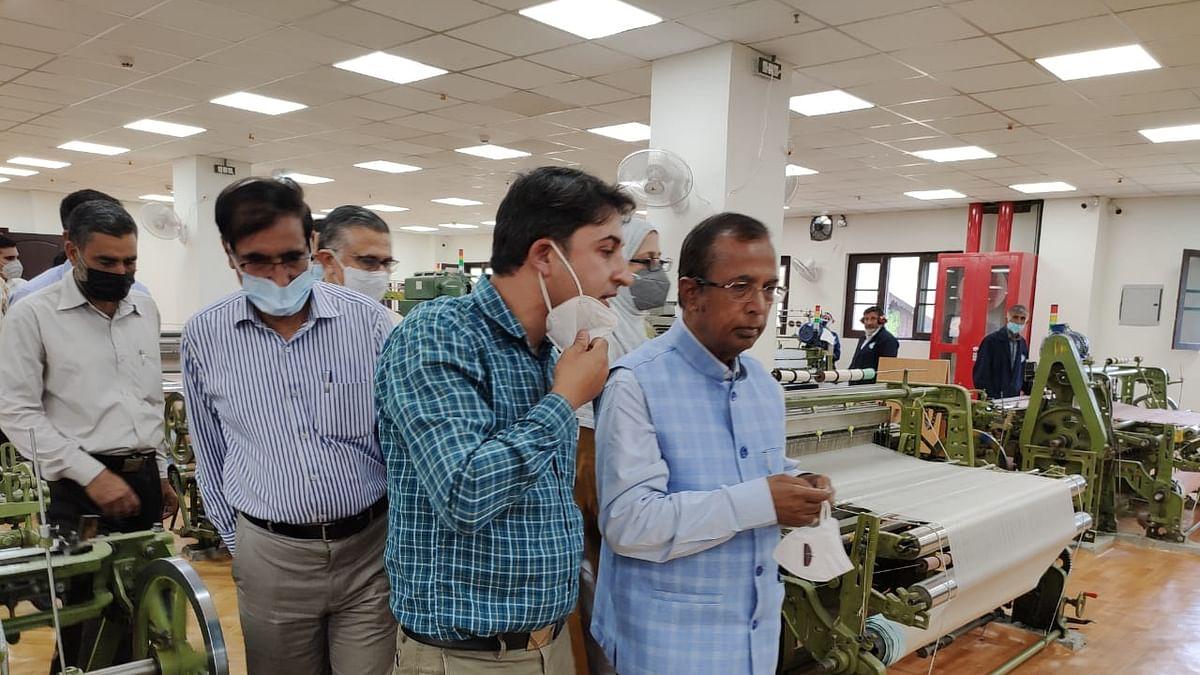 MoS I&C Dept visits Govt Silk Weaving Factory Rajbagh
