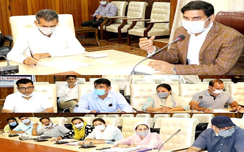 DC Srinagar reviews progress of works of DCP under Area Development Fund