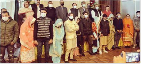 Positive Kashmir organises Nikkah ceremony of 9 couples