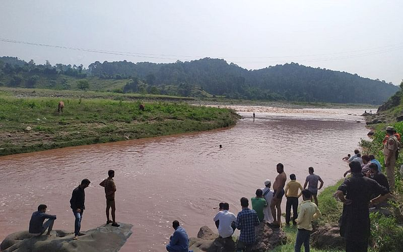 Mother-daughter duo washed away in Rajouri flash floods