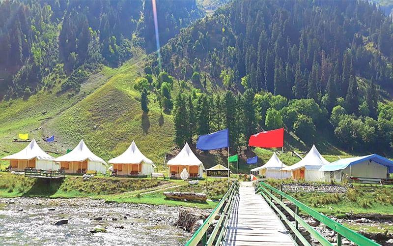 Faizan introduces European style camping agency in Sonamarg