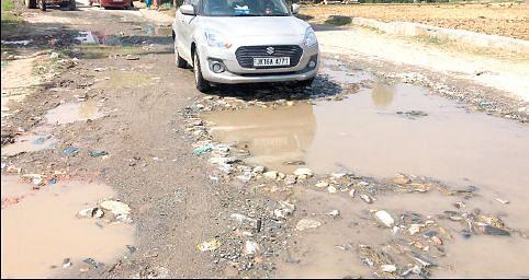 Ganderbal link road in shambles