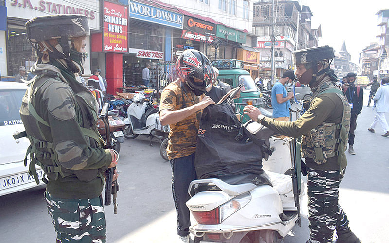 Security further beefed up in Kashmir, Jammu