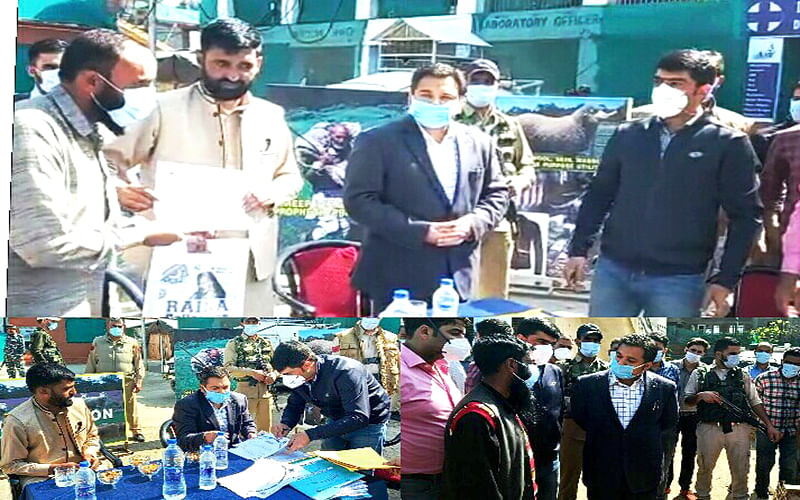 21 MSUs handed over to beneficiaries at Anantnag