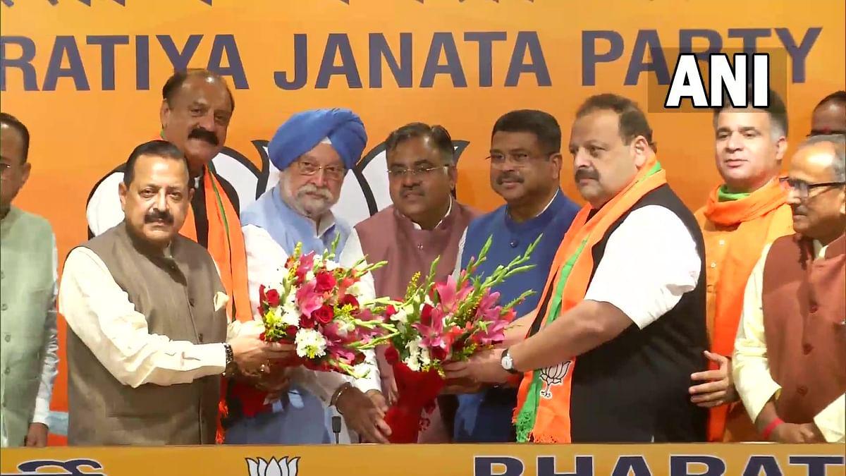 Day after quitting NC, Devender Rana, Surjit Slathia join BJP