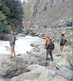 SONAMARG ACCIDENT| Search operation continues to trace missing JCB helper