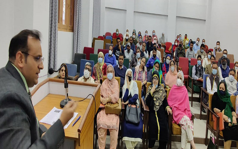 DG IMPARD chairs valedictory function of training courses at IMPARD