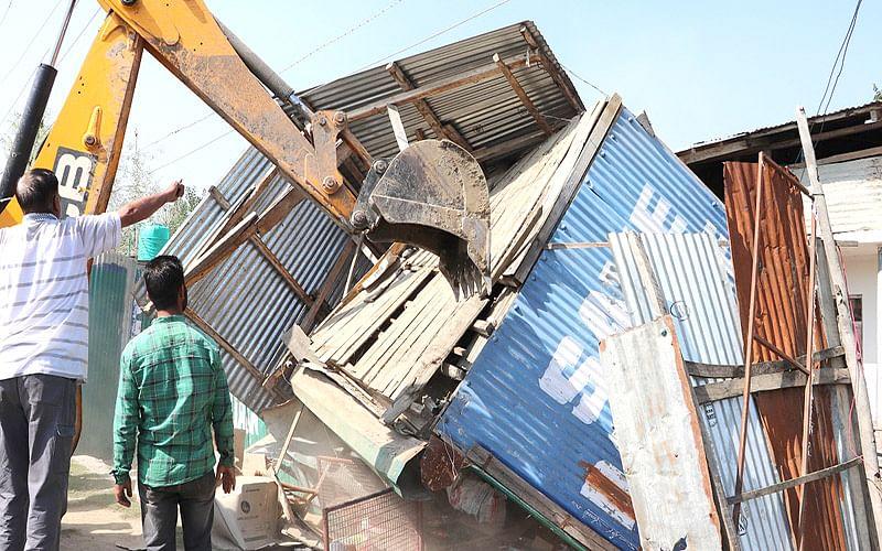 Demolition drive at Lashkari Mohalla, DojiMohalla