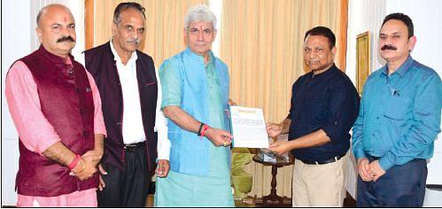 LG promises redressing issues of different Biradaris