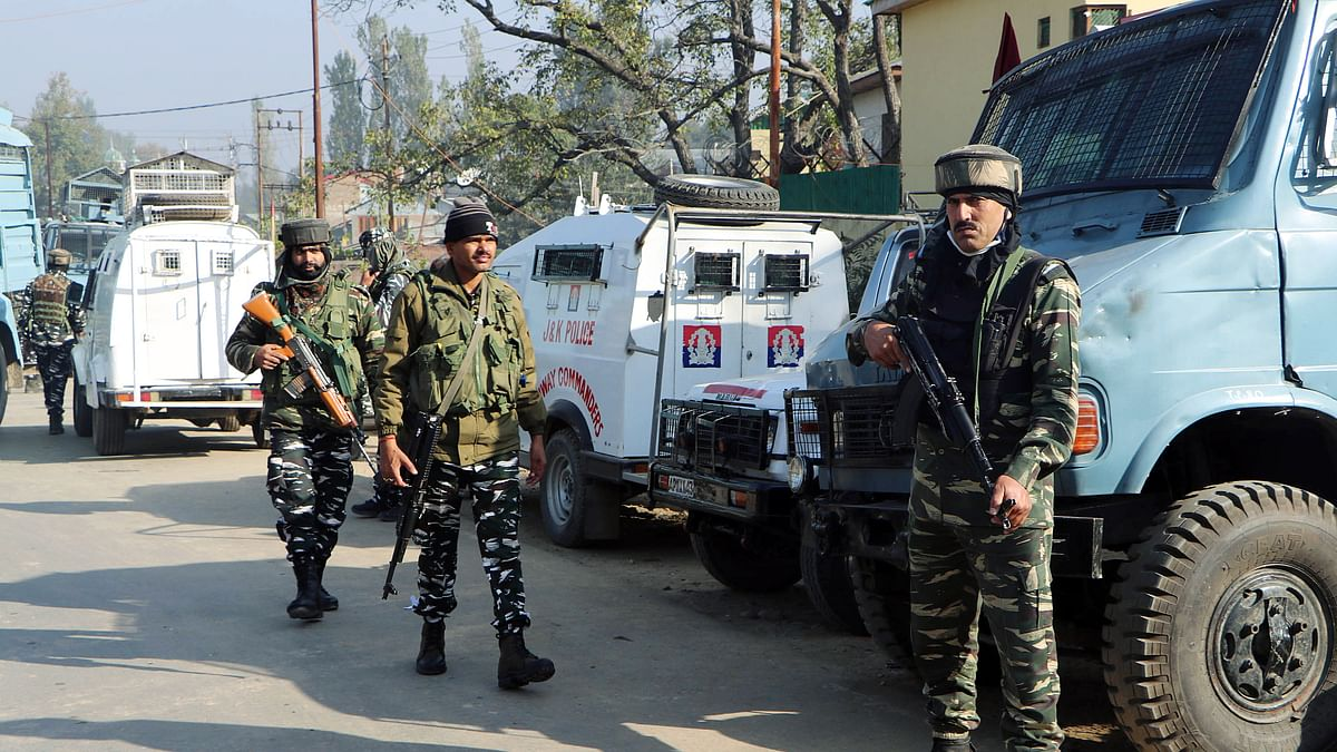 NIA arrests four persons during fresh raids in Kashmir