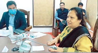 Govt has initiated several measures to promote Handicrafts, Handloom sectors: MoS Textiles