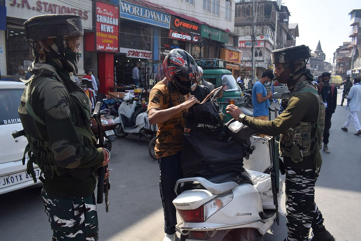 Srinagar home delivery businesses say operation hit by police seizing two-wheelers