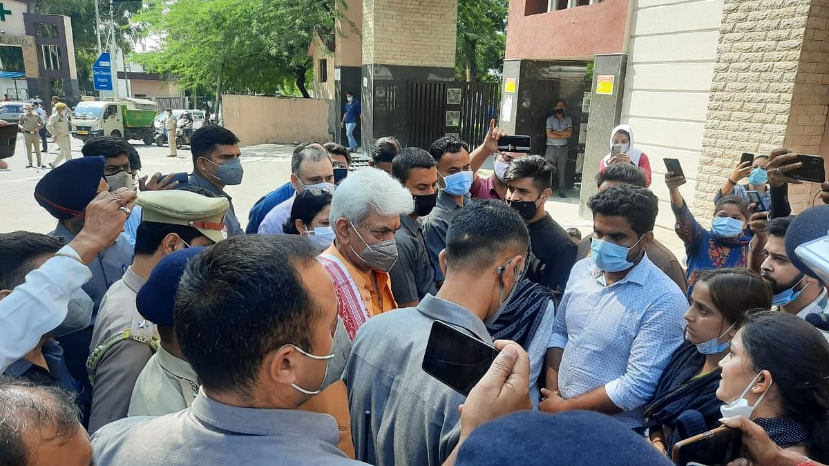 J&K govt extends services of protesting nursing staff by three months