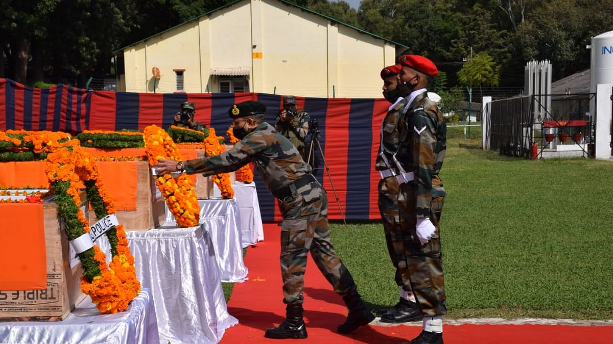 Army pays tribute to five soldiers killed in DKG gunfight