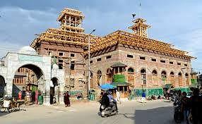 Dastgeer Sahib (RA) relics shifted back to Khanyar shrine