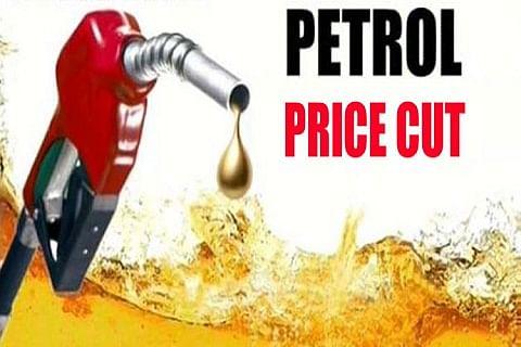 Oil prices decline; Passenger fares not!