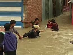Bad roads to hit flood-ravaged Kashmir's revival