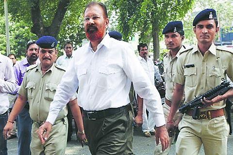 Vanzara appears before Mumbai court in Sohrabuddin case