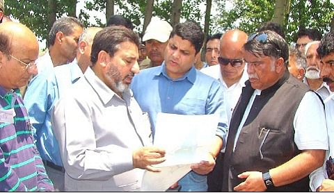 Altaf Bukhari orders demolition of illegal structures at Brari Nambal
