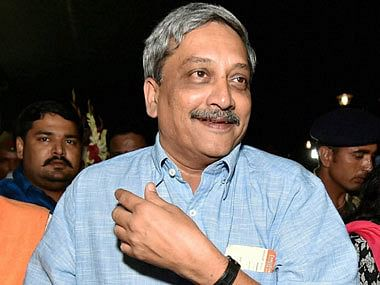 Defence Minister, Army Chief arrive in Srinagar