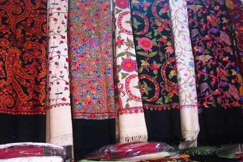 Kashmir sans lab to test particles of banned Shahtoosh from Pashmina items