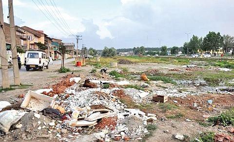 Bemina residents for beautification of green belt on bypass