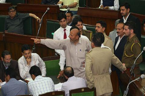 Kashmir legislator stages dharna, demands IIT, IIM, IIMC for valley