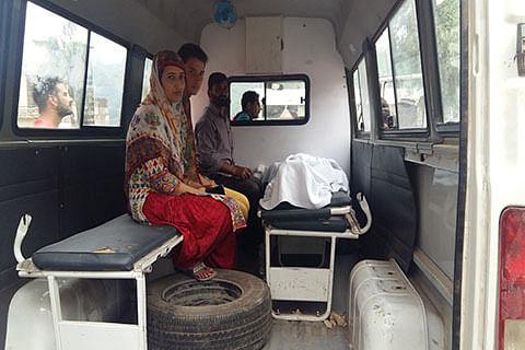 3 killed as India, Pakistan trade fire along LoC in Kashmir's Poonch