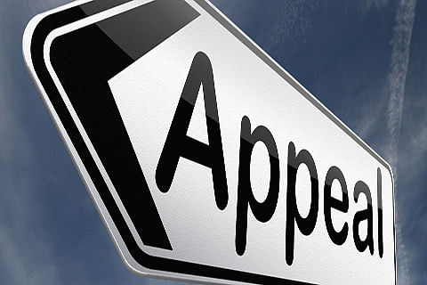 SBI lane shopkeepers appeal DC