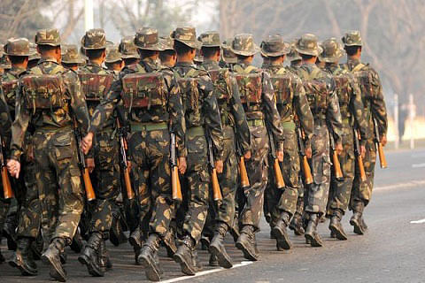 Army stages flag march in Samba