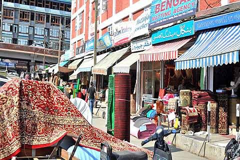 Authorities sit on encroachment of roads, footpaths; City-centre areas worst affected