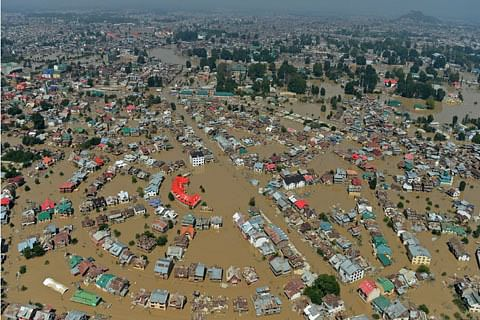 """Omar calls PDP """"only beneficiary"""" of Kashmir floods"""