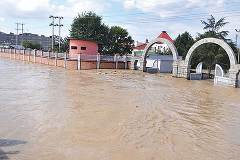 In trying times, JK's top court came to rescue of flood victims