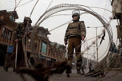 Restrictions in Srinagar to prevent traders' protest