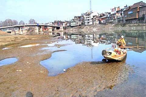Authorities fail to protect Jhelum's flood basins