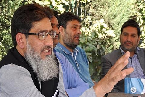 ECONOMIC BLOCKADE REMARK  PDP-BJP govt has 'let loose VHP goons': Kashmir Inc